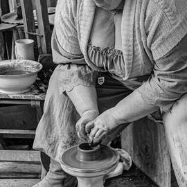 John Straton - Potters Wheel v1
