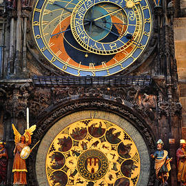 Jenny Rainbow - Prague Astronomical Clock