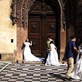 Joanna Madloch - Prague brides