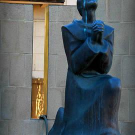 Teresa Thomas - Praying 1