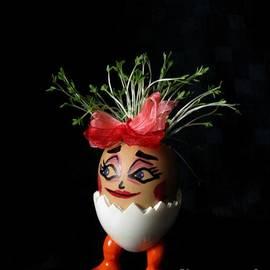 Ausra Paulauskaite - Pretty Lady Easter Eggmen Series