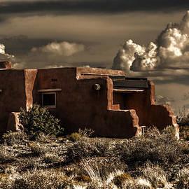 Wes and Dotty Weber - Pueblo Sundown D0471
