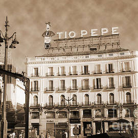 RicardMN Photography - Puerta del Sol vintage look