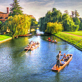 Ross Henton - Punting in Cambridge