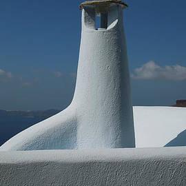 Colette V Hera  Guggenheim  - Pure Fine Santorini Architecture Greece