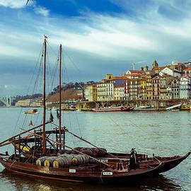 Alexandre Martins - Rabelo Boat