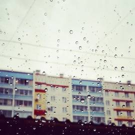 Elizaveta Pankova - #rain #throughtheglass #buildings
