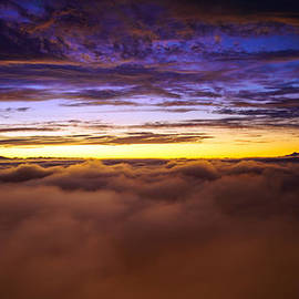 Mike Reid - Rainier Above the Clouds