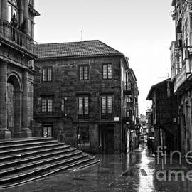 RicardMN Photography - Raining in Pontevedra BW
