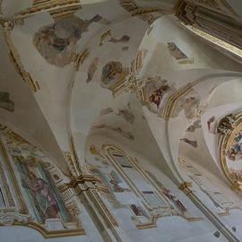 Georgia Mizuleva - Ravages of Time - the Faded Beauty of an Elegant Church on Capri Island