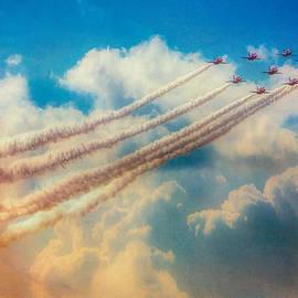 Chris Lord - Red Arrows Smoke The Skies