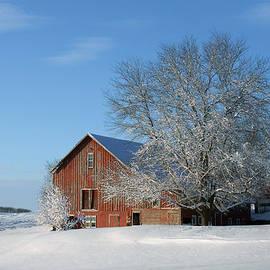 Nikolyn McDonald - Red Barn in Snow