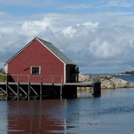 Patricia Januszkiewicz - Red Boat House