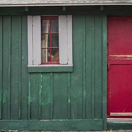 David Stone - Red door Green building