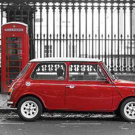 Dutourdumonde Photography - Red Mini Cooper in London