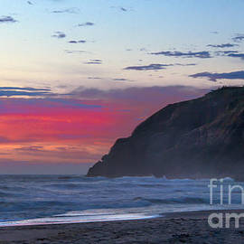 Robert Bales - Red Sky at North Head Lighthouse