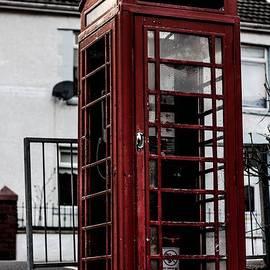 Tyler howells - Red telephone box