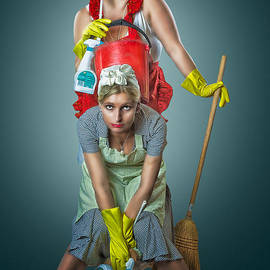 Erik Brede - Retro Housewives