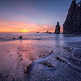 Dan Mihai - Rialto Beach Sunset