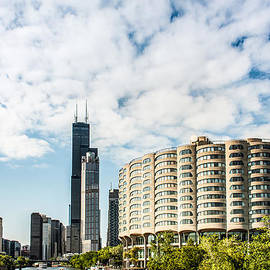 Semmick Photo - River City Apartments and Willis Tower