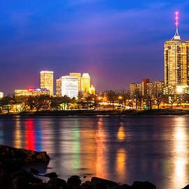 Gregory Ballos - Riverside View of Tulsa Oklahoma Skyline