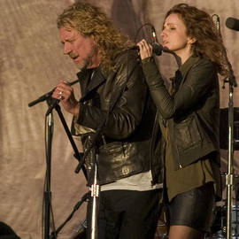 Bill Gallagher - Robert Plant and Patty Griffin