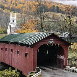 Thomas Schoeller - Rockwell Country - The Covered Bridge of West Arlington