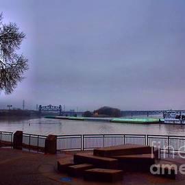 Robert McCubbin - Rollin Onna River
