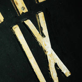 ArtyZen Studios - ArtyZen Home - Roman Numerals Industiral Clock Face Black and Gold