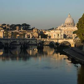 Georgia Mizuleva - Rome - Iconic View of Saint Peter