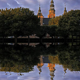 Inge Riis McDonald - Rosenborg Castle reflection