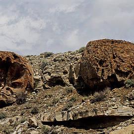 John Langdon - Round Rocks 4
