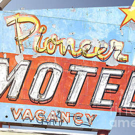 John Wayland - Route 66 - Pioneer Motel Vintage Neon Sign In Albuquerque New Mexico