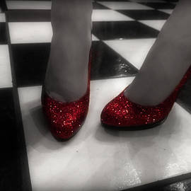 Nicole  Miinch  - Ruby Red Slippers
