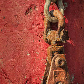James Eddy - Rusty Chain On A Concrete Post