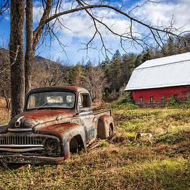 Debra and Dave Vanderlaan - Rusty International Truck