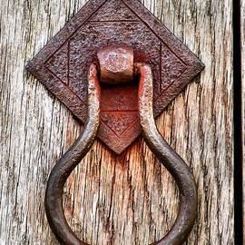 Janice Drew - Rusty Old Door Knocker