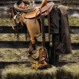 Jerry Fornarotto - Saddle and Gear
