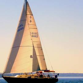 Lisa Wooten - Sailing takes me away
