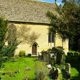 Robert Ford - Saint Lawrence Church Graveyard Bourton on the Water Gloucestershire England