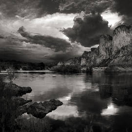 Dave Dilli - Salt River Stormy Black and White