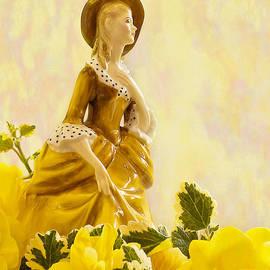 Sandra Foster - Sandra Poreclain - Royal Doulton Figurine Still Life