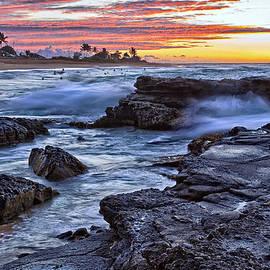 Marcia Colelli - Sandy Beach Oahu