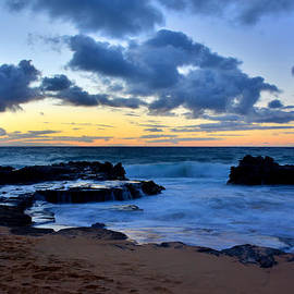Brian Harig - Sandy Beach Sunrise 6 - Oahu Hawaii