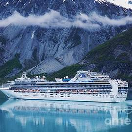 Marcus Dagan - Sapphire Princess In Alaska