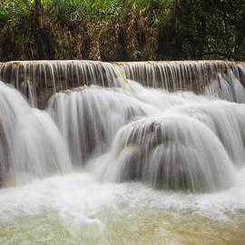 Kim Andelkovic - Satin Falls