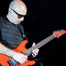 Timothy Bischoff - Satriani 3377