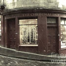 Miryam  UrZa - Scotland Christmas shop