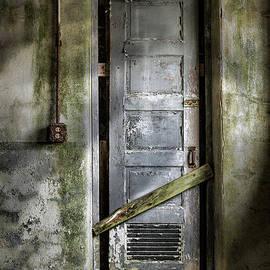 Gary Heller - Sealed door - The Old door