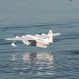 David S Reynolds - Seaplane liftoff